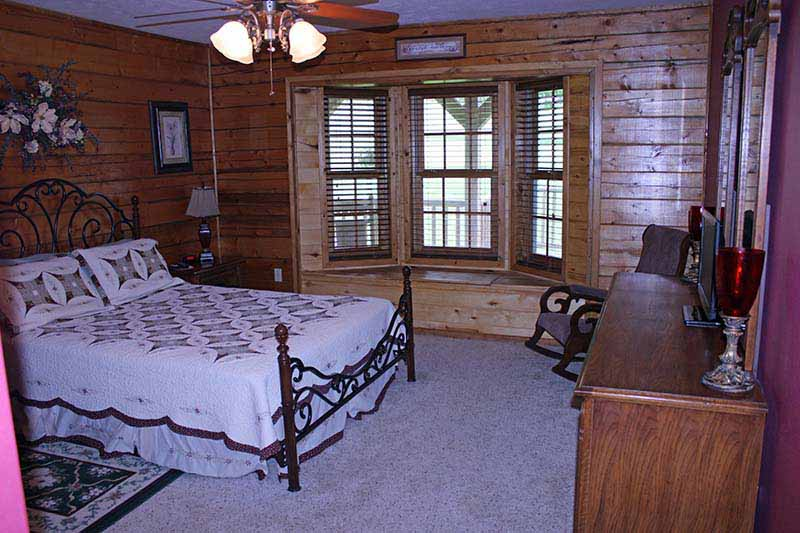 Accommodations - Guest Bedroom