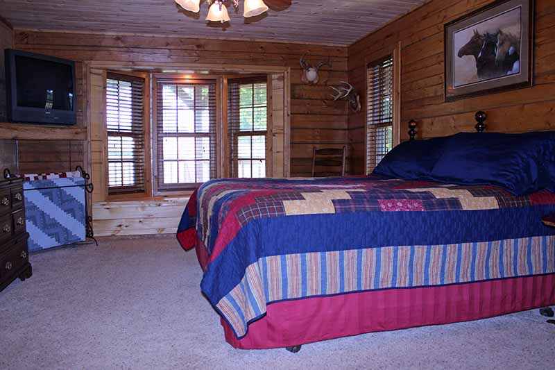 Accommodations - Master Bedroom