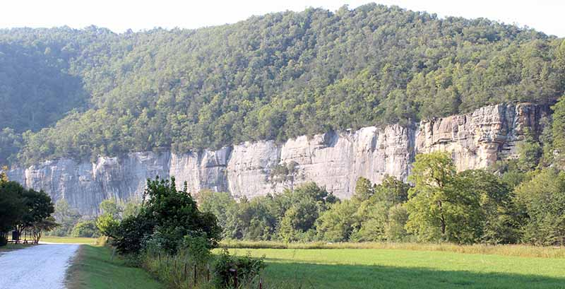 Area Attractions - Roark Bluff at Steel Creek