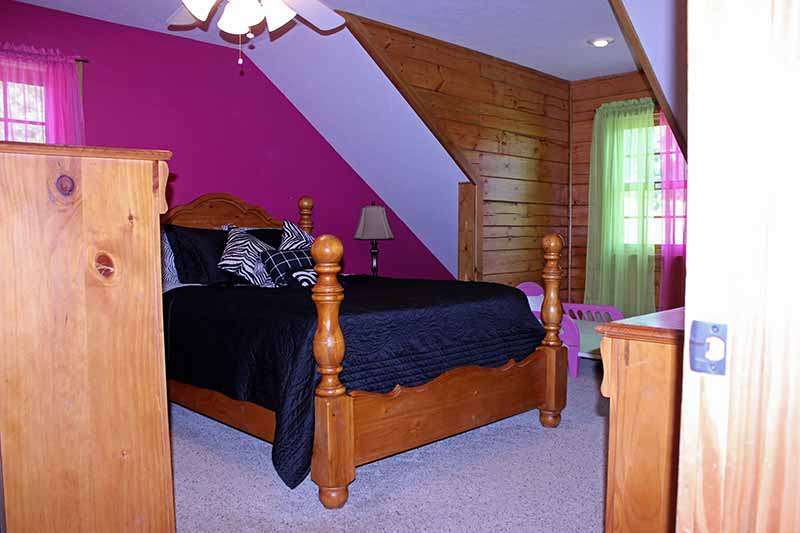 Accommodations - Upstairs Pink Bedroom